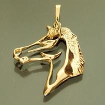 Pingente Cavalo Folheado A Ouro 18k Com Zircônia Semijoia