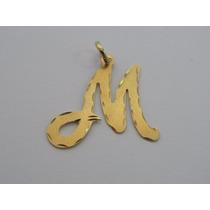 Pingente / Medalha De Ouro 18k Com Letra M