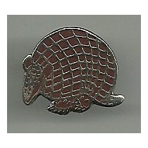 Pin Animal Tatu Bola