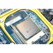 Placa Mãe Gigabyte 8vm533m-rz + Proc. Celeron 2.26 Ghz