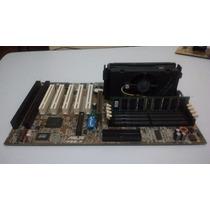 Placa Mãe Pentium Iii 550mhz Slot 1 + 256mb & Placa Agp 16mb