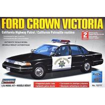 Lindberg-carro Ford Crown Victoria - California Highway Patr