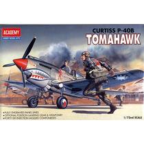 Avião P-40 B Tomahawk Academy 1/72 Tipo Revell E Tamiya