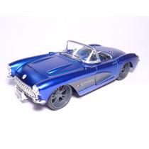 Carro Chevrolet Corvette 1957 1/24 Azul Maisto Metal
