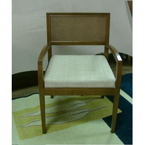 Poltrona Decorativa - Cadeira Com Braços