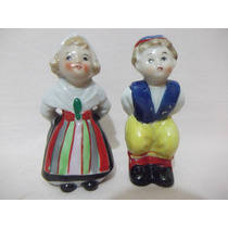 B. Antigo - Casal De Bonecos Antigos Em Porcelana Européia