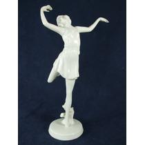 Escultura- Estatua -em Porcelana Rosenthal- Figura Feminina