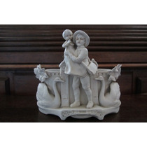 Floreira-estatueta Biscuit Branco Francês 1860-1900