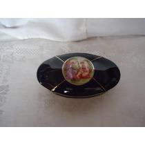 Caixa Ou Porta Jóias De Porcelana Com Cenas Românticas