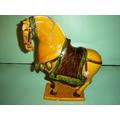 Cavalo Antigo Em Porcelana (muito Bonito).