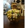 Jarra/garrafa Em Porcelana Com Flores Em Relevo Pintura Ouro