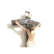 Crucifixo De Parede Em Resina Importada Jesus Cristo Cruz
