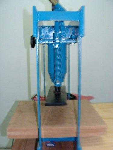 Projeto Maquina De Fabricar Chinelos Tipo Havaianas