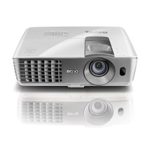 Projetor Multimidia Benq W1070, 3000 Lumens Mania Virtual
