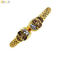 Bracelete Dourado De Caveira Com Strass Fashion