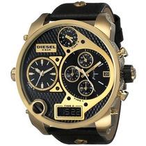 Relógio Diesel Dz7323 Big Daddy Dourado 57 Mm
