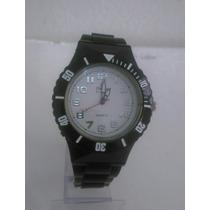 Relógio Feminino Barato Marca Famosa Kit Com 5 Pulseiras