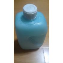 Garrafa De Água Antiga Plástica Conservada