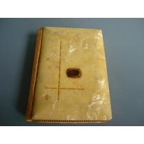 Antigo Livro Da 1º Comunhão Com Capa Em Madrepérola Ano 1947