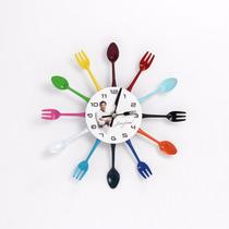 Relógio Parede Formato Talheres Coloridos Edu Guedes - 20198