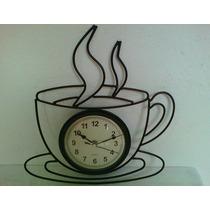 Relógio Parede Metal Envelhecido Formato De Xícara De Café