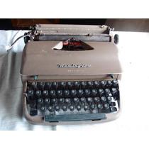 Antiga Máquina De Escrever Remington