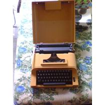 Máquina De Escrever Antiga Sperry Remington 12