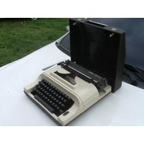 Antiga Máquina De Escrever Portátil Remington Ipanema