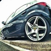 Jogo Roda Rocket Ferrari Aro 18 4/5 Agile Cruze Prisma+pneu