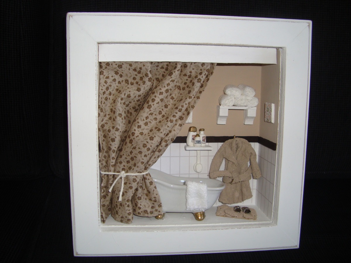 Roombox De Banheiros Lindos Quadros Com Miniaturas De Banho R$ 170  #604B38 1200x900 Balança De Banheiro Digital Casas Bahia