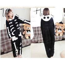 Pijama Adulto Macacão Plush Esqueleto Caveira Com Capuz