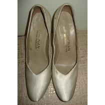 Sapato Em Cetim Branco Nº 36