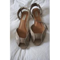 Sandalia Shoestock 36 Ouro Velho/ Gasto Com Mini-salto