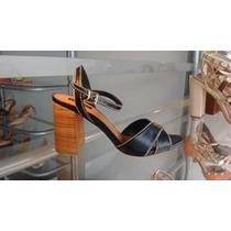 Sandalia Salto Quadrado Medio Preta