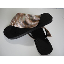 Chinelo Decorado Com Manta De Strass
