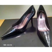 Scarpin Preto Croco Shoestock