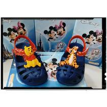 Sandália Disney Crocs Ursinho Pooh E Tigrão Grendene 21341