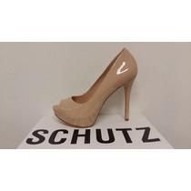 Sapato Feminino Schutz 01205 Verniz Salto Pee Pee Toe Creme