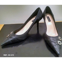 Scarpin Preto Fivela Shoestock