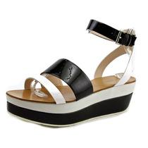Pelle Moda Hadi Mulheres Couro Envernizado Platform Sandal