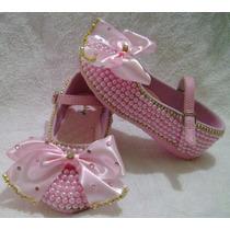 Sapato Infantil Customizado Com Pérolas E Laço De Fita