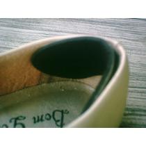 Protetor De Calcanhar Adesivado Para Fixar No Seu Calçado.