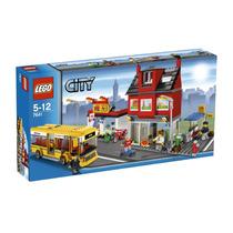 Lego City - Esquina Da Cidade - Ref. 7641
