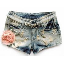 Short Jeans Com Apliques (flor Salmão E Pérolas) Verão 2016