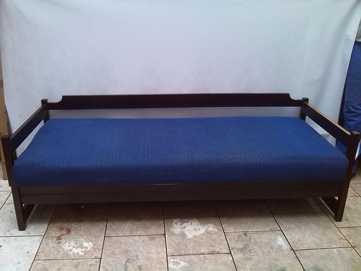 Sofa De Madeira Macica Sofa Colonial Em Courino Com Descanso De Braco  #2E4178 1200x900