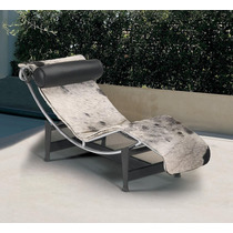 Chaise Longue Le Courbusier