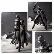 S.h Figuarts Batman Injustice Bandai Original