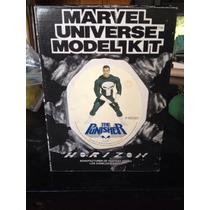 O Justiceiro Marvel Universe Model Kit