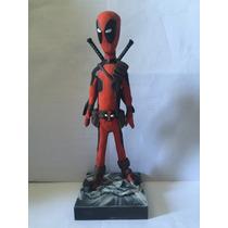 Deadpool, Em Epoxy-resina, Estilizado E Pintado À Mão, 21 Cm