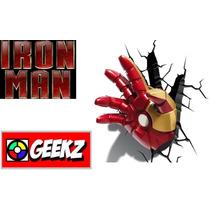Luminária 3d Light Fx Mão Homem De Ferro Avengers Assembl...
